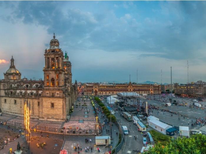Zocalo o Plaza de la Constitución, México