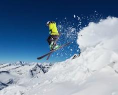 consejos para que esquiar te salga más barato