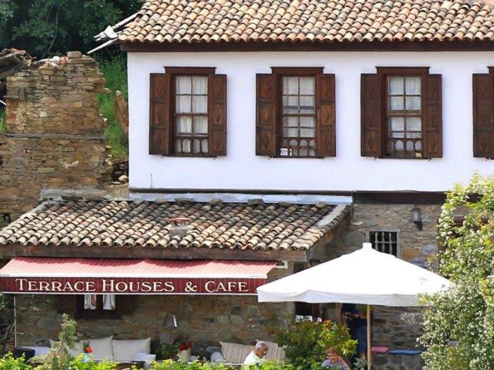 Terrace Houses, Turquía (Europa)
