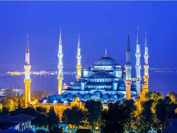 La mezquita Azul o mezquita del Sultán Ahmed, Turquía