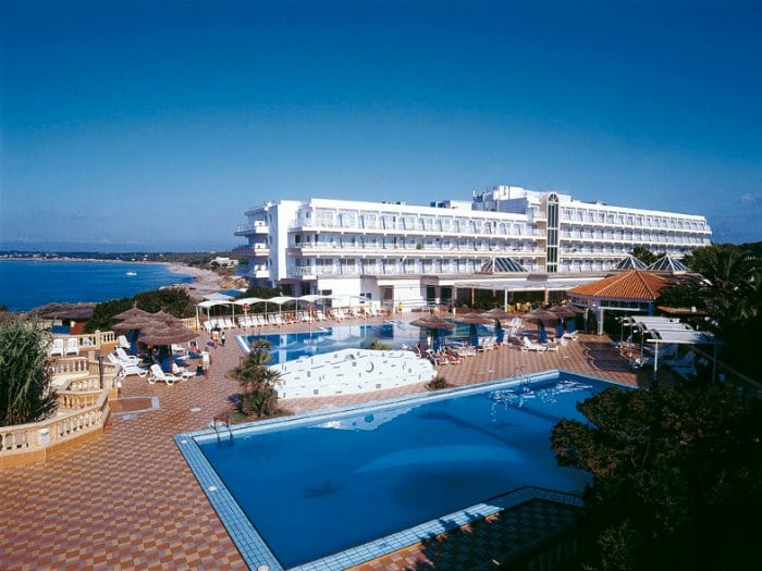insotel-hotel-formentera-playa-piscina