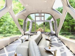 Interior del tren de lujo de JR East, en Japón