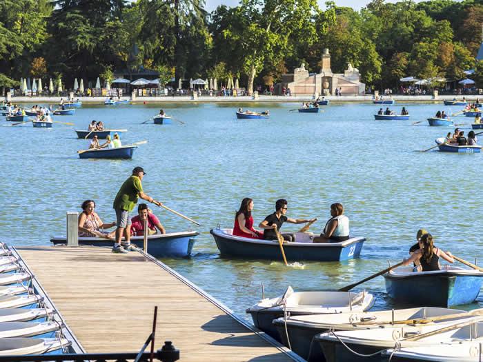 Parcas del lago del Retiro Madrid