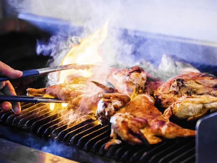 Pollo al piri piri en portuga