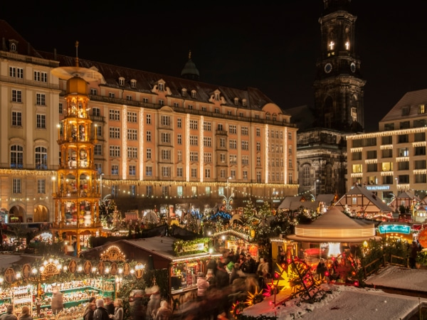 Mercados de Navidad en Dresden, Alemania.