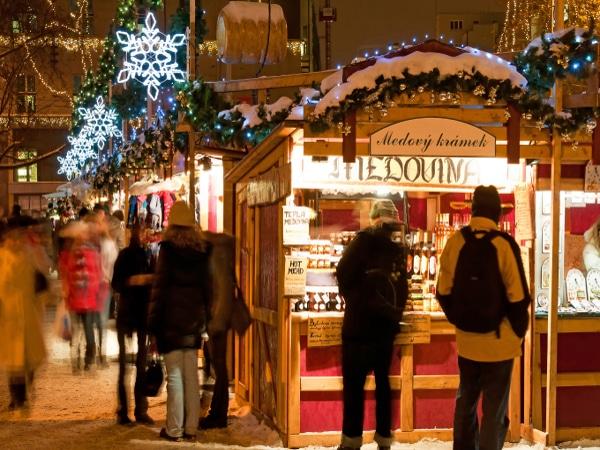 Mercados navideños en Praga, República Checa.