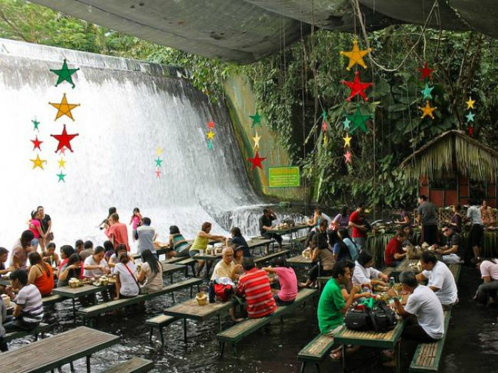 restaurante-cascada-filipinas