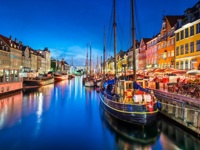 canal-de-nyhavn-copenhague
