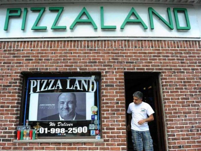 pizzaland-soprano-serie-tv