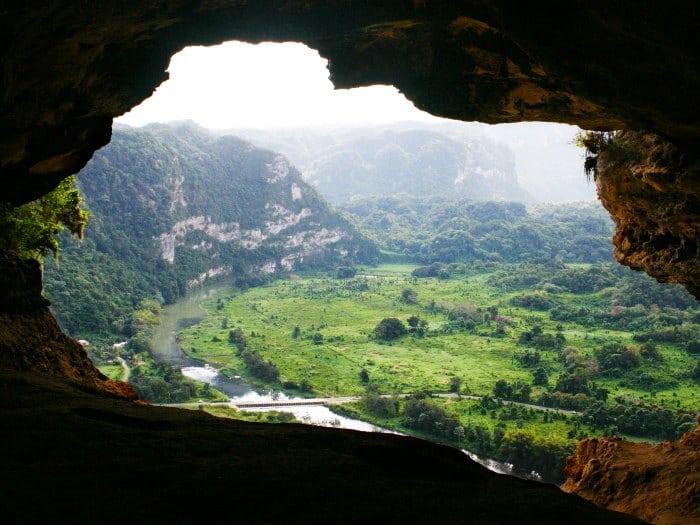 puerto-rico-cueva-ventana