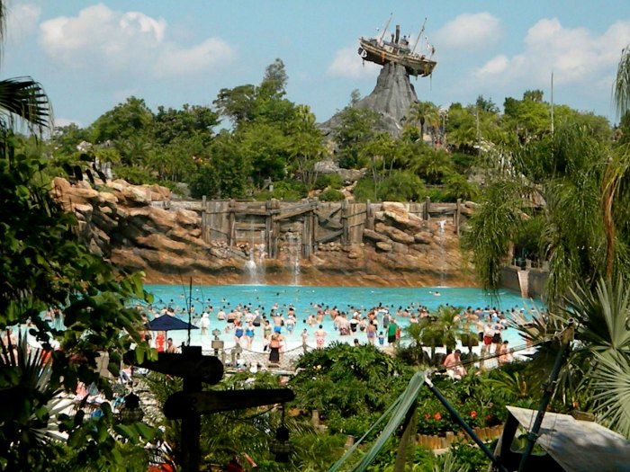 disneys-typhoon-lagoon-parques-acuaticos