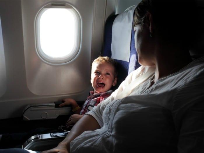 Cómo reducir el estrés la próxima vez que vayas a viajar en avión