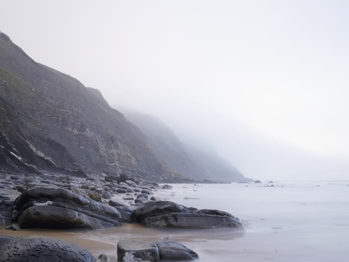 places-shooting-game-of-thrones-Barrika-beach