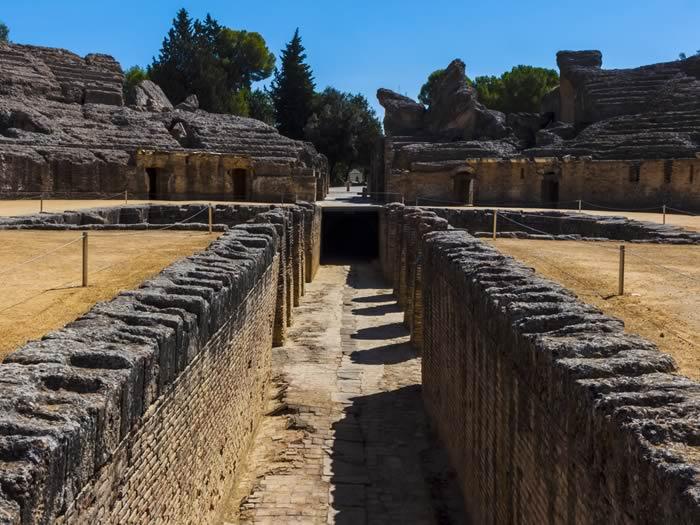 lugares-juego-de-tronos-italica-anfiteatro