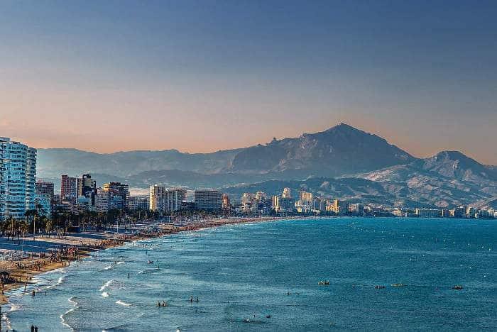 Normativa para las playas de Alicante en la desescalada