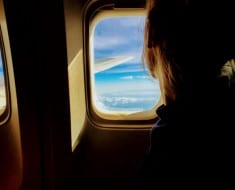 Consejos para ahorrar en los vuelos en temporada alta