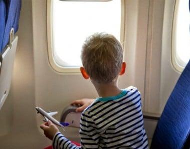 boy_on_plane