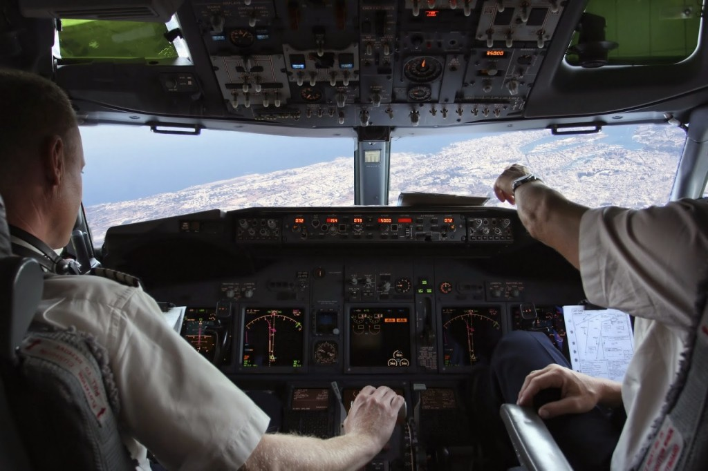 mandos-avion-vistas-piloto