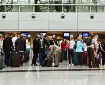 Aeropuertos: 15 trucos para evitar colas, ahorrar dinero y viajar mejor