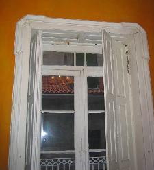 Recuperar una puerta de madera - Como pintar puertas de madera en blanco ...